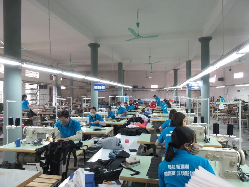 Xưởng sản xuất túi du lịch tại hà nội