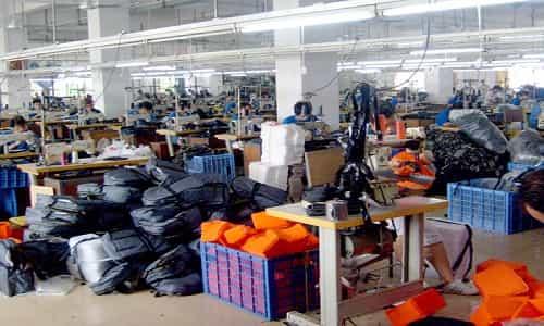 xưởng sản xuất balo túi cặp