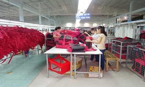 sản xuất gia công balo cặp túi