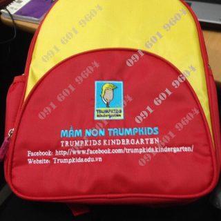 Xưởng may balo mầm non cho trường mẫu giáo nhà trẻ với giá rẻ nhất tại Hà Nội. Nhận in, thêu logo lên balo.