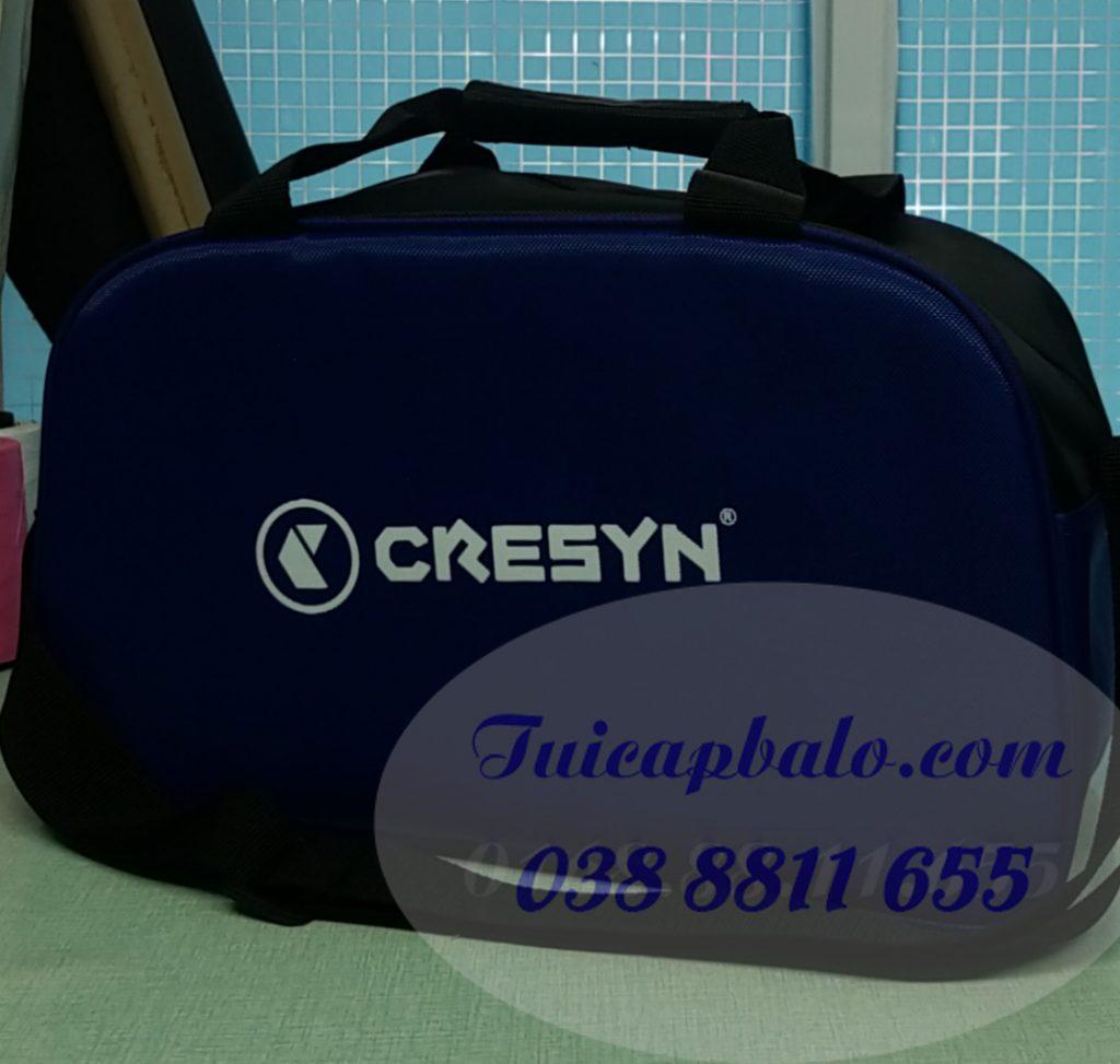 May túi du lịch quà tặng công nhân có in hoặc thêu logo công ty, thương hiệu...