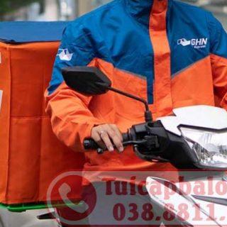 Sản xuất túi bọc thùng hàng chuyển phát nhanh sau xe máy