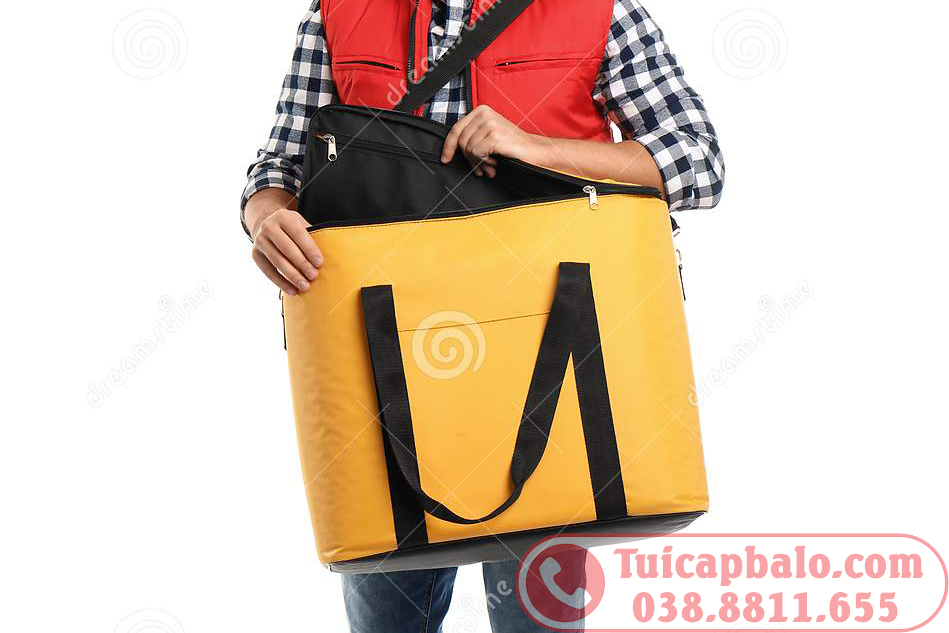 Sản xuất túi giữ nhiệt giao hàng