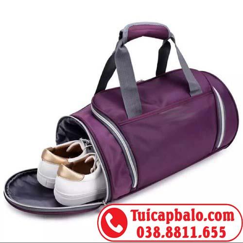 Sản xuất túi trống có ngăn đựng giày